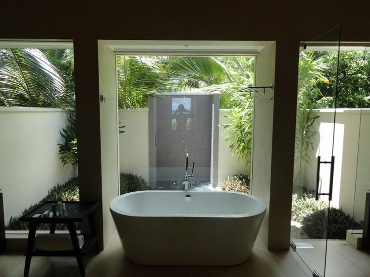 Garden-Bathroom-Ideas-12.jpg